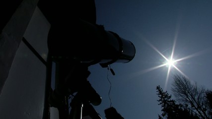 telescope to watch the eclipse of the sun the moon, 20/03/2015