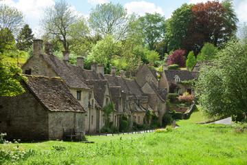 Bibury. Arlington Row: Cotswold stone cottages. England, UK.