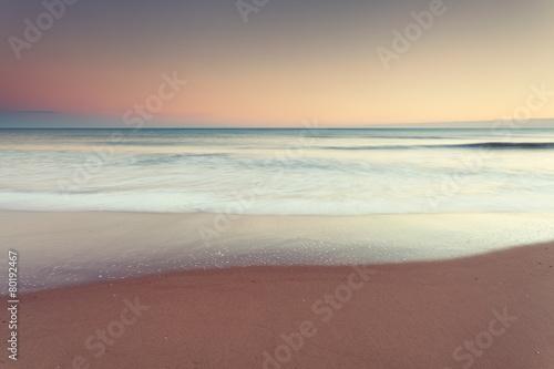 In de dag Strand Minimalist seascape at dusk