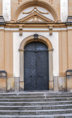 Church of Annunciation and Marian plague column
