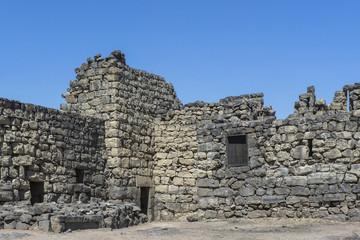 Wüstenschloss schwarze Festung