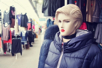 Female mannequin in the ware market