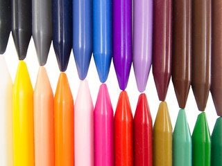 full color crayon left right diagonal