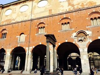 Milano, la Loggia dei Mercanti