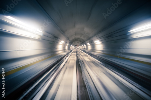 Subway tunnel and blurred light trails - 80253617