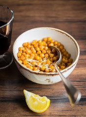Roasted chickpea with hot chili flakes