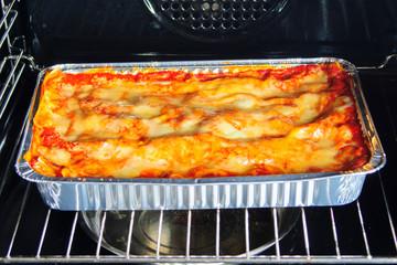 Lasagna Al forno, lasagna bolognese, nel forno