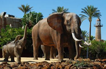 Elefantes, rotonda, escultura, Benalmádena, Málaga