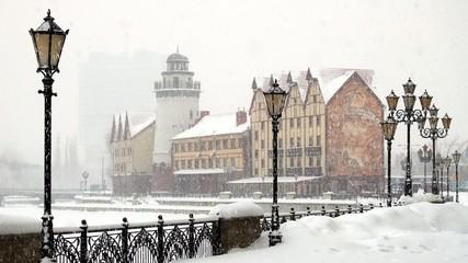 Snow falls in Kaliningrad