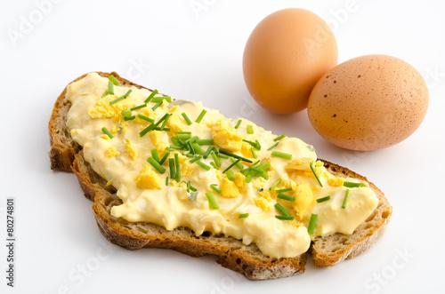 Fotobehang Restaurant Brotscheibe mit Eiersalat