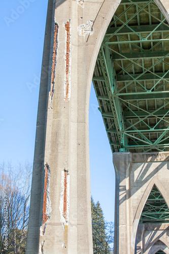 Leinwanddruck Bild Brückenschaden St. Johns Brücke in Portland