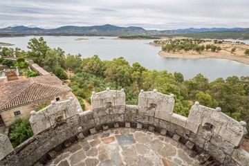 Vista del embalse de Gabriel y Galán desde Granadilla