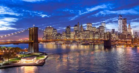 New York City Brooklyn Bridge Manhattan skyline