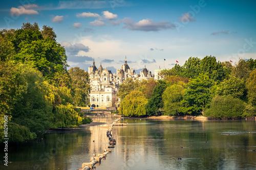 St james park, London - 80291068