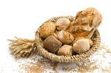 Brot und Brötchen im Brotkorb