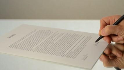 Vertrag unterschreiben zweite Unterschrift englisch