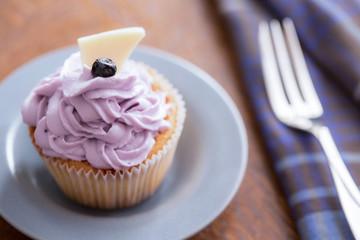 Blueberry cupcake with mascarpone cream