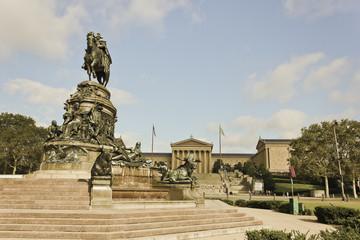 Washington Monument, Eakins Oval & Philadelphia Museum of Art