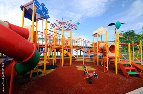 Obrazy na płótnie i fototapety na ścianę: Children Outdoor Playground in Selangor, Malaysia