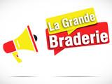 mégaphone : grande braderie