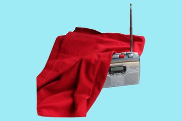 радиоприемник транзисторный с антенной  под тканью