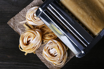 Metal pasta maker machine and ingredients for pasta
