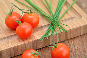 Cherry Tomatoes  - Chives / Cutting Board