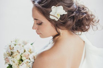 bride, back, hairstyle, bouquet