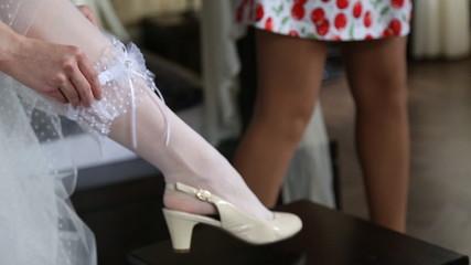 Dresses wedding garter