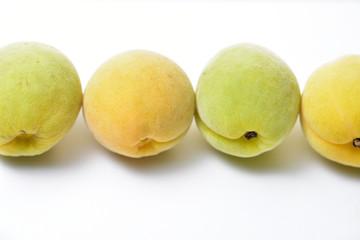 ベトナムの梅の実