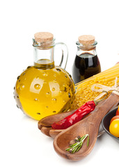 Olive oil, vinegar, tomatoes and pasta