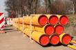 Leinwanddruck Bild - Gestapelte grosse PE-Rohre für neue Gasleitungen aus Kunststoff