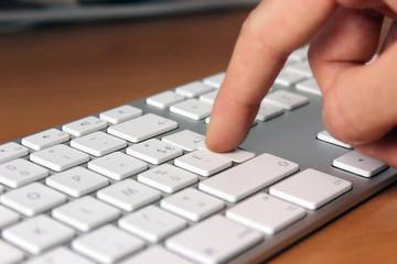 clavier touche entrée appuyé