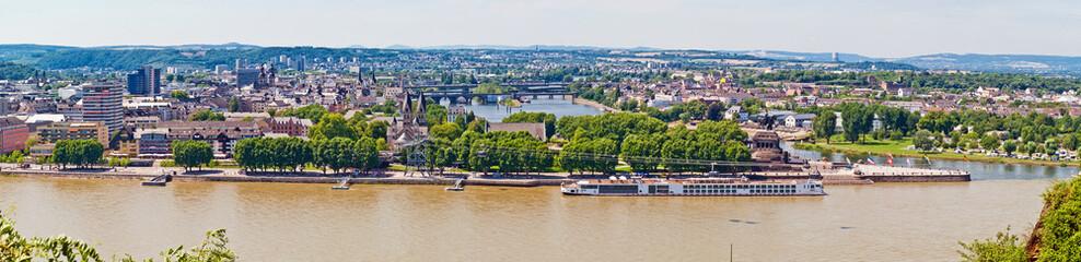 Blick auf Koblenz an Rhein und Mosel