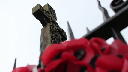 poppy wreath at world war monument cenotaph