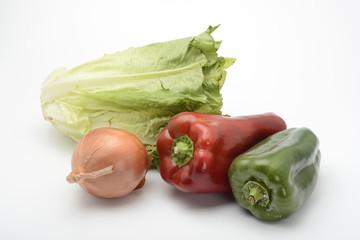 Verduras, lechuga, pimientos, cebollas