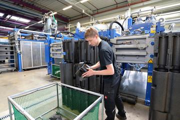 Herstellung von Styroporteilen in der Industrie