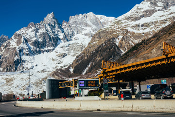 Mont Blanc road