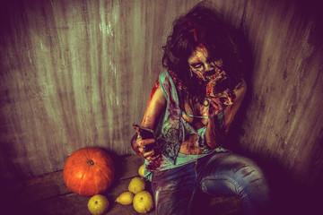 zombi and pumpkin