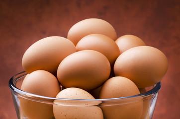 uova fresche di gallina