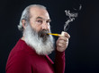 Senior portrait with white beard and pipe - 80481472