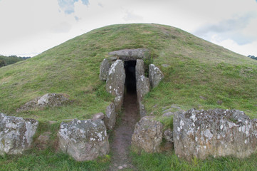 Bryn Celli Ddu prehistoric passage tomb. Entrance shown.