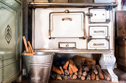 Leinwanddruck Bild old kitchen