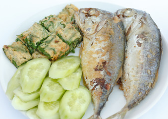 Fried Mackerel  with Acacia pennata omelette and cucumber  on pl