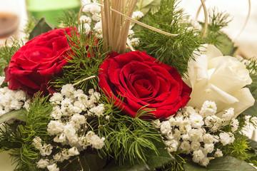Fiori: rose bianche e rosse