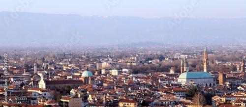 Vicenzy, Włochy, Panorama miasta i domów spadkowych