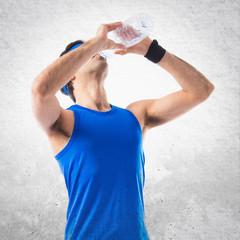 Sportman drinking water