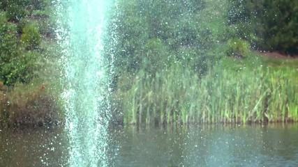 фонтан из реки