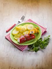 capsicum stuffed with ricotta and potatoes salad