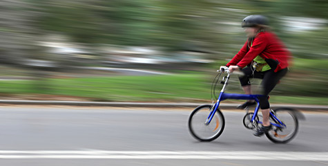 Cyclist in motion blur